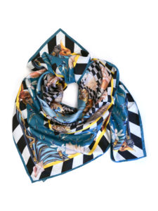 201808_Fiona-K_silk_scarf_square_swallow_2