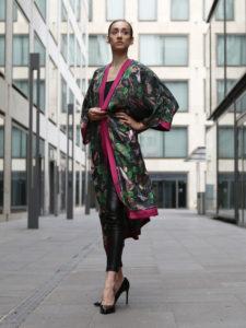 201808_Fiona-K_seiden_kimono_streetstyle_urwald_1